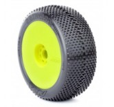 1:8 BUGGY TYRES ON YELLOW RIMS GRIDIRON SOFT (2)
